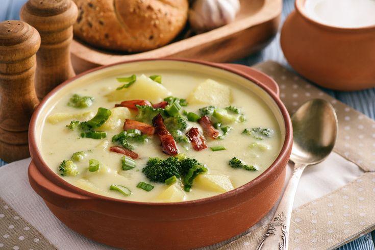 Krémes krumplileves brokkolival és baconnel - Imádni fogod, ha megkóstolod - Recept | Femina