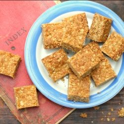 My grandmothers recipe for traditional South African oat crunchies