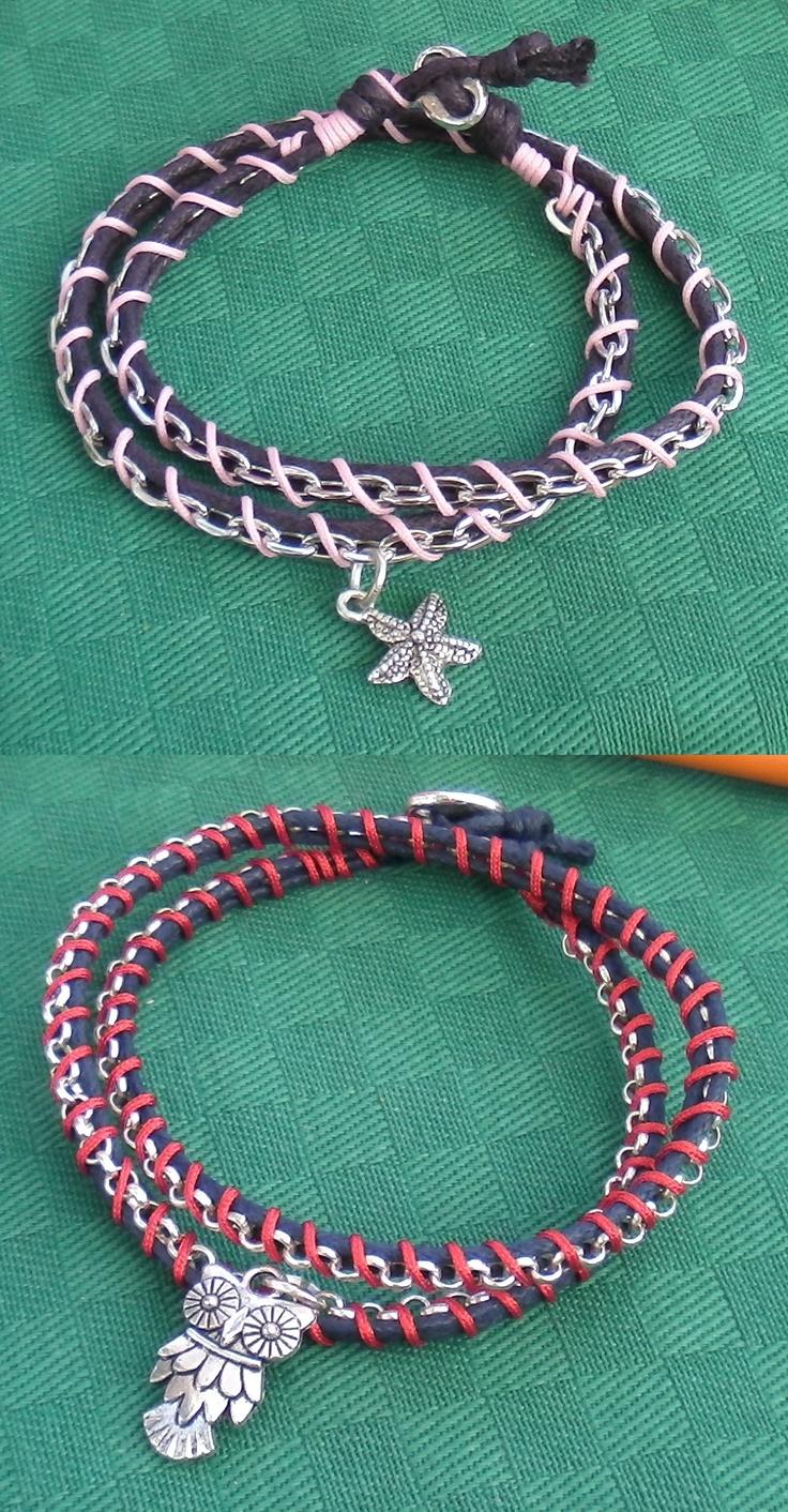 bracciali a due giri con cuoio, catena di metallo e charm - modello 2