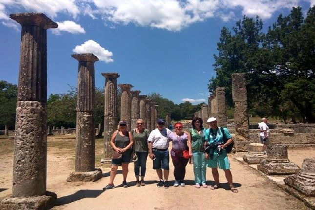 September offer - Enjoy the Best Private Olympia Tour at Joined Tour Costs!