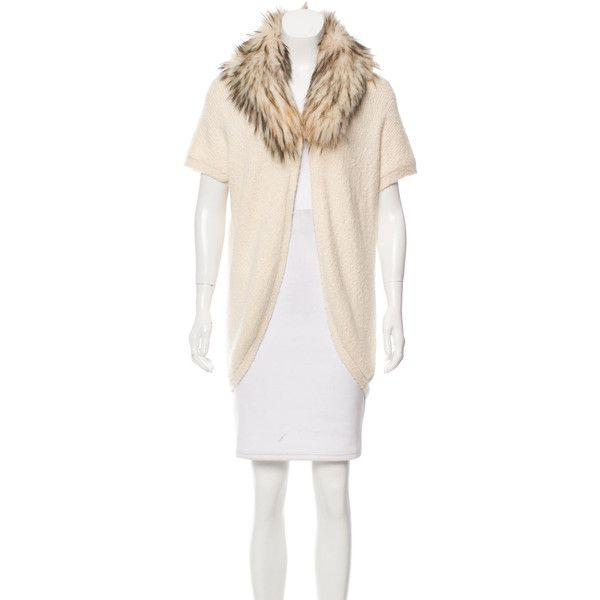 Pre-owned Alice + Olivia Raccoon-Trimmed Oversize Cardigan (£145) ❤ liked on Polyvore featuring tops, cardigans, neutrals, short sleeve tops, short sleeve cardigan, oversized open front cardigan, white oversized cardigan and alice olivia top