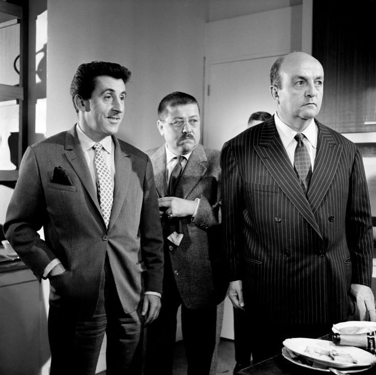 Jean Lefebvre (Paul Volfoni), Francis Blanche (Maître Folace) et Bernard Blier (Raoul Volfoni), dans Les Tontons Flingueurs, réalisé par Georges Lautner, 1963.