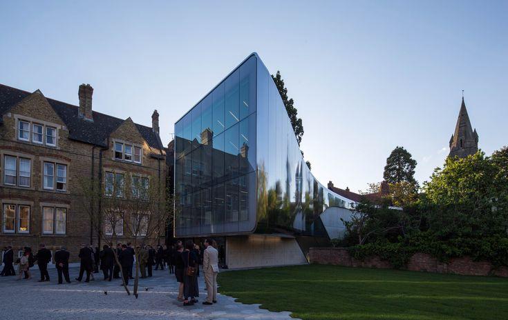 Gallery - The Investcorp Building / Zaha Hadid Architects - 25