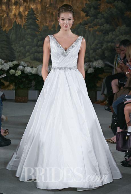 25+ Cute Wedding Dresses For Busty Brides Ideas On