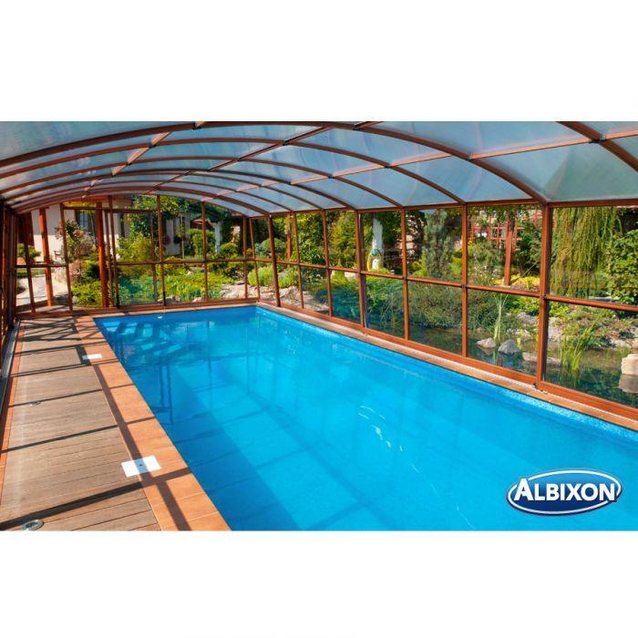 Copertura telescopica Albixon Casablanca, un accessorio utile e di design, con plexiglass trasparente e ingresso laterale che ne fanno un prodotto ideale per piscine moderne, non passando mai inosservato.