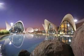 L'Oceanografic Obiekt morski położony w Hiszpanii. Jest to największe akwarium w Europie i reprezentuje główne ekosystemy morskie na ziemi.