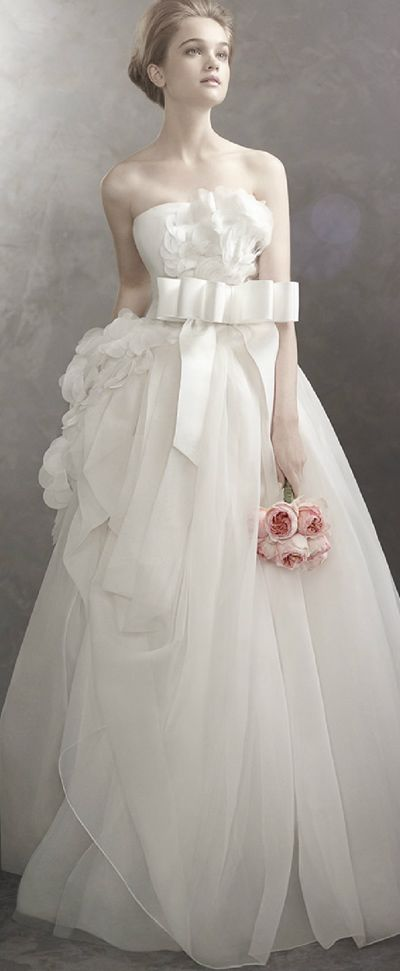 How To Basket Weave Tulle : Vera wang basket weave organza ball gown wedding