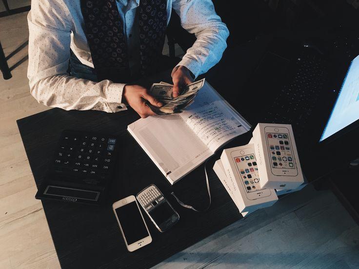 Kurs uproszczonej księgowości obejmuje takie tematy jak KPiR, środki trwałe, koszty i przychody