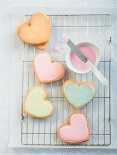 Iced Pastel Heart Cookies Recipe