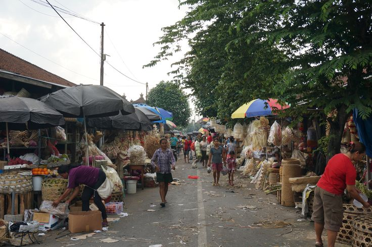 Traditional market in Bali during Galungan Ceremony