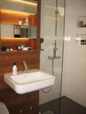 Minnan sauna ja kylpyhuone (TYYLIVARKAAT) | Sisustussuunnittelu minna