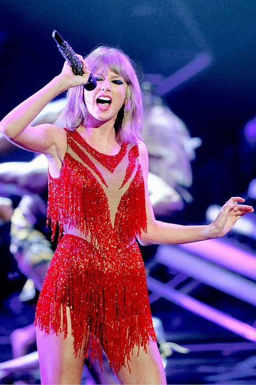 Taylor Swift, red, and vma image