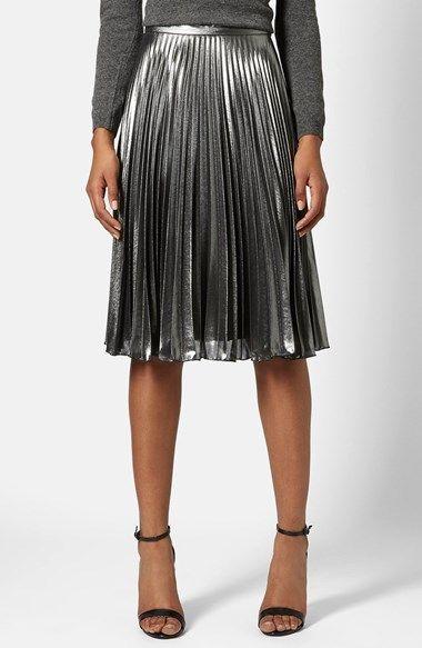 crushing on this pleated metallic midi skirt