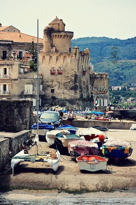 [Santa Maria di Castellabate]-  I love Italy