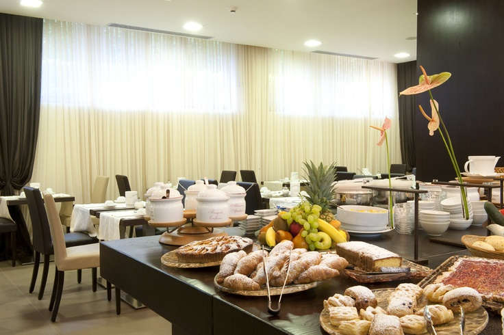 Yummy breakfast served every morning with freshly baked products and local specialities