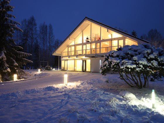 Благодаря уникальной конструкции зимой в доме фахверк всегда уютно и тепло