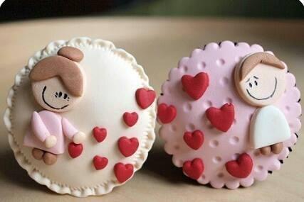 Cupcakes y arreglos florales hechos de cupcakes por san valentin y dia de la madre - Guayas