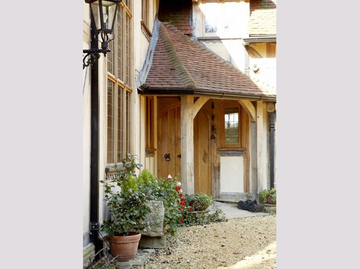Oakwrights traditional oak framed 'country homes'