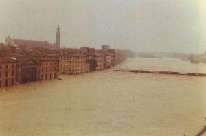 arno_ponte_alle_grazie 1966