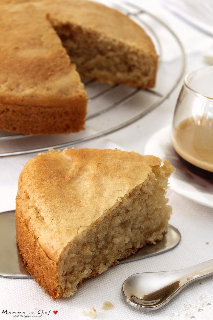 Il Pan di spagna senza burro e uova ha una consistenza soffice, spugnosa, leggera. La base ideale per creare tantissime ricette golose e light!