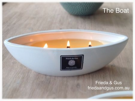 Frieda and Gus woodwick soy candle The Boat