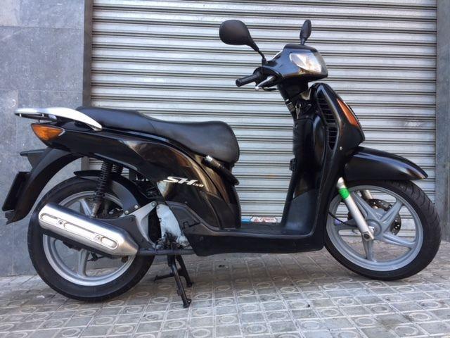 MIL ANUNCIOS.COM - honda Scoopy. Venta de scooters honda scoopy en Barcelona de segunda mano. Motos scooter honda scoopy en Barcelona a los mejores precios.