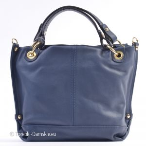 Nowy model #torebki w kolorze granatowym. Florence Design - Made in Italy. Wykonana w całości z naturalnej miękkiej skóry licowej. Torebka ma kształt mniej-więcej kwadratowy, wymiary 32 x 28 cm. Zamykana jest na suwak, metalowe elementy mają kolor złoty