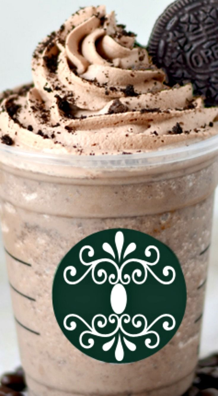 Mocha Cookie Frozen Coffee {Copycat Starbucks!} ~ Heavenly... The chocolate whipped cream and crushed cookies are amazing with this!!!
