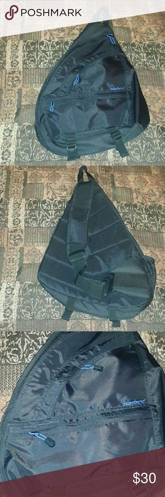 Flash Sale!!! Old Navy Sling Backpack Old navy backpack, black. Used a few time, excellent condition. Old Navy Bags Backpacks
