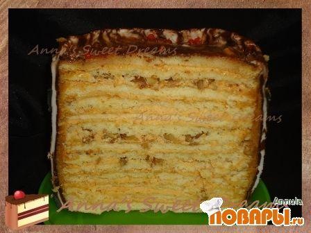 Многослойный торт с карамельным кремом
