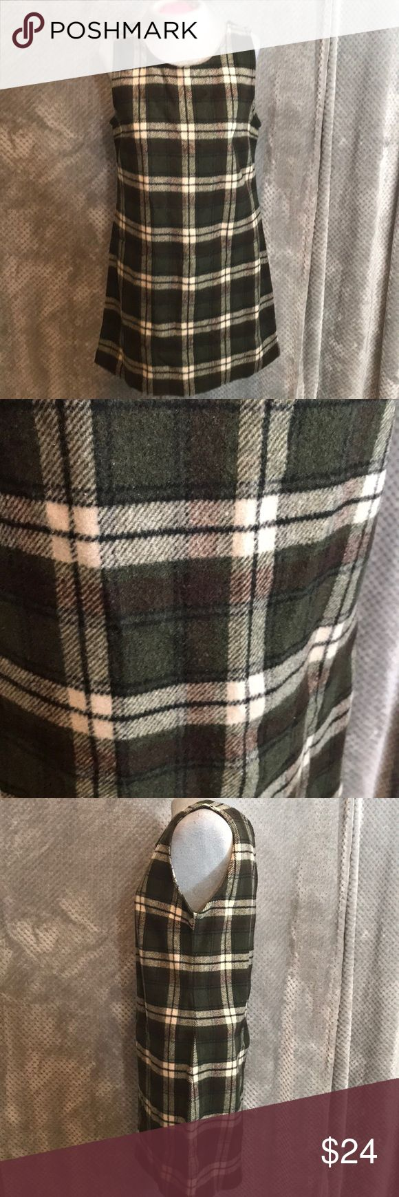 """AMerican eagle outfitters plaid sleeveless jumper Super cute wool blend jumper. Great plaid pattern. Zipper back. Bust 17"""". Length 32"""" American Eagle Outfitters Dresses Midi #americaneagleoutfitters"""