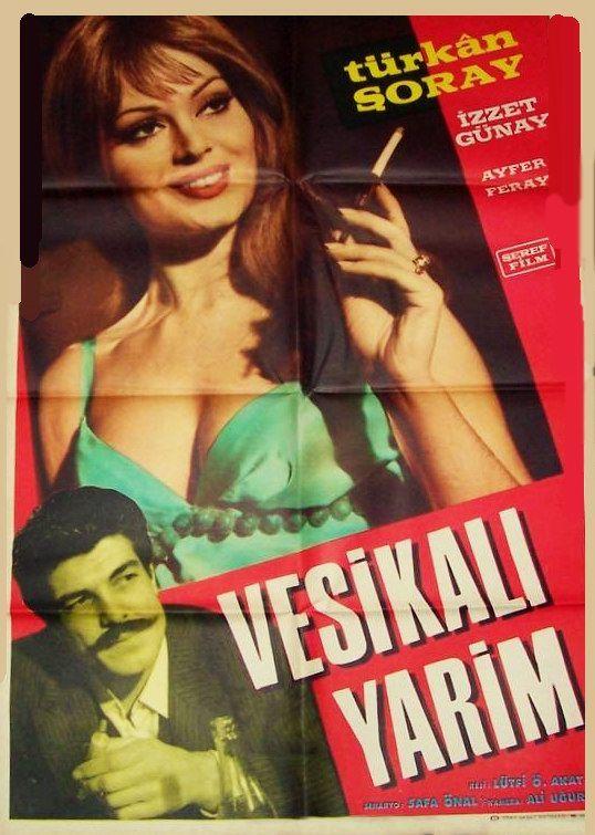 1960'larda Türkan Şoray Türk sinemasına giriş yapmıştır. Gönül Yazar, Ajda Pekkan ve Tamer Yiğit de bu dönemde Türk sinemasına ismini yazdırmıştır. Öztürk Serengil ve Sadri Alışık da siyah-beyaz filmlerde güldürü unsuru oluşturmuşlardır. Göksel Arsoy ''Altın Çocuk'' dizisiyle tipini değiştirirken, Cüneyt Arkın, çizgi roman kahramanı ''Malkaçoğlu'' serisine yönelmiş ve halk tarafında çok sevilmiştir.