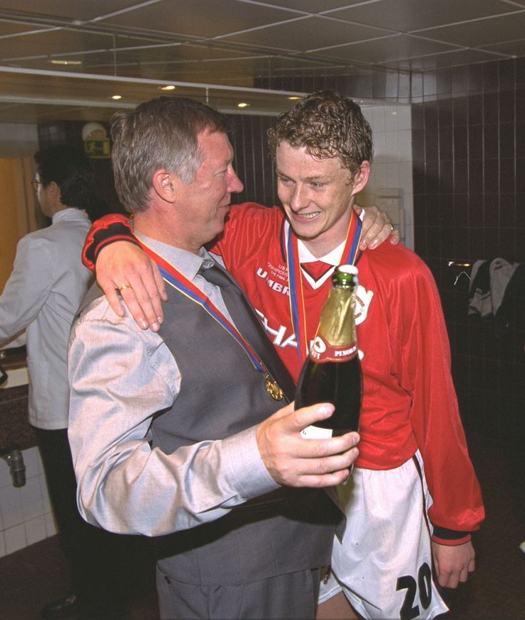Ole Gunnar Solskjaer, one of my all time favourites- the baby faced assassin.  Could score every type of goal, what a finisher so hard working and team centric.  Good guy as well, always playing with a smile. Came through tough time, over 2 years of injuries.  Very smart and kind.  Heavily involved with charities, disabled supporters trust and anti-glazer/pro fan ownership.