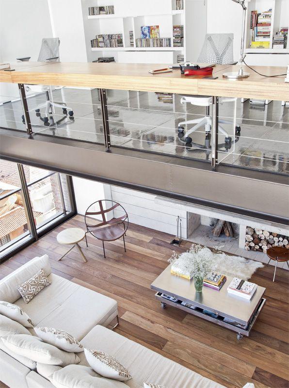Dúplex em Porto Alegre com ambientes integrados - Arquitetos Ilse Lang e Trajano Straggiotti Silva
