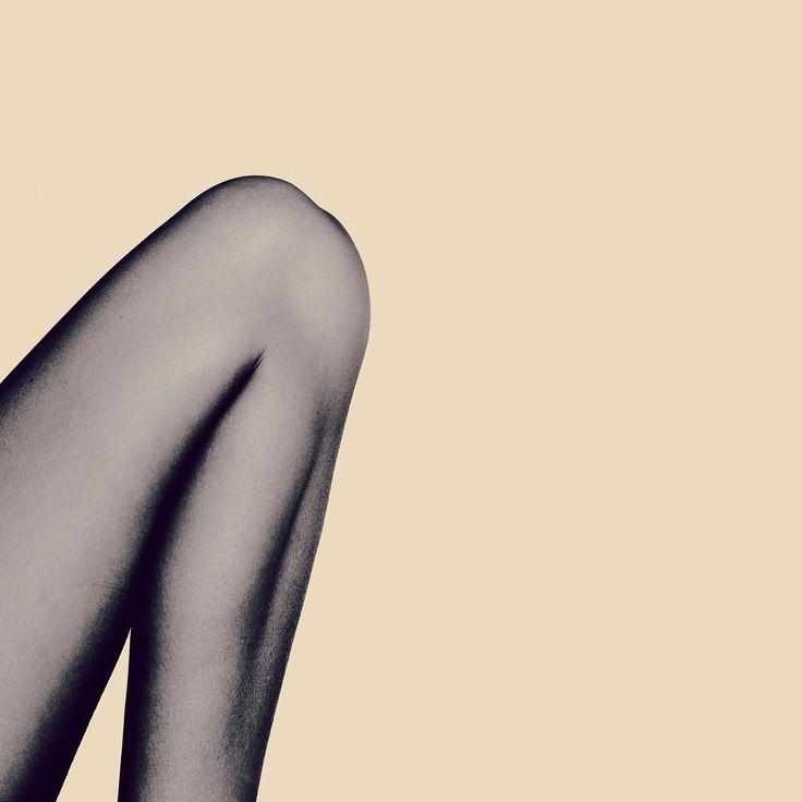 """• oktober sky – relieved  from my maze. / октябрьское небо – вот мой выход из лабиринта.  #black #igersbnw #bwoftheday #toptags #noiretblanc #noirlovers…"""