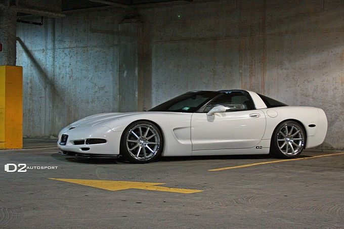 Chevrolet Corvette C5 on Rennen Wheels