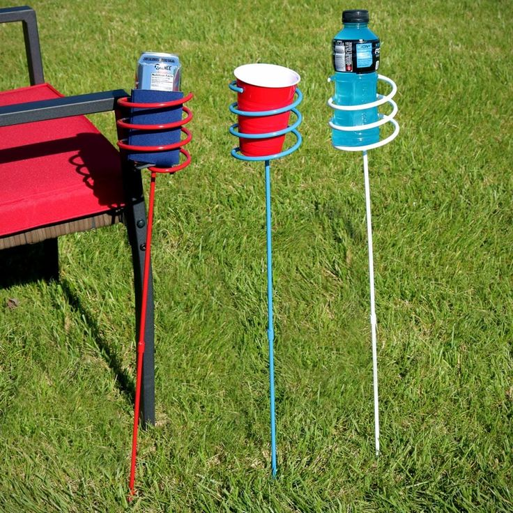 Sunnydaze Heavy-Duty Red, White and Blue Outdoor Drink Holder Set (Set of 6/Beverage Tubs) (Steel), Outdoor Décor
