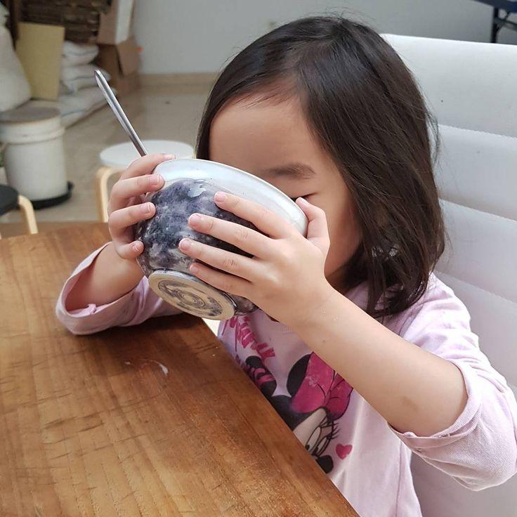 Finish your milk....🥛  #handmadebowl #storyofjoy