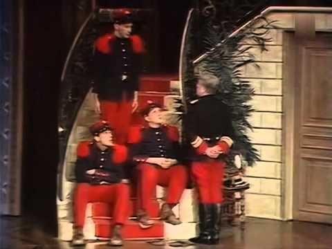 Les Dégourdis de la onzième Robert Hirsch, Pierre Tornade, Darry Cowl 1986