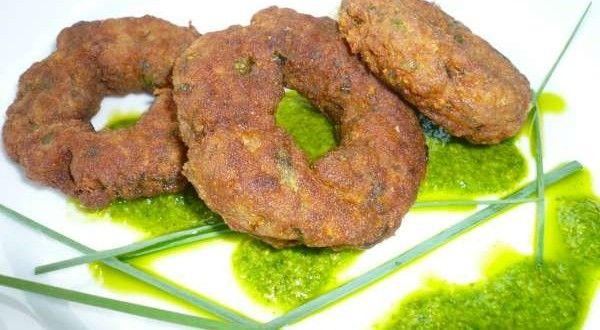 Δακτυλίδια από κιμά με μέντα: πράσινη ξαπλώστρα στην αυλή - Pandespani.com