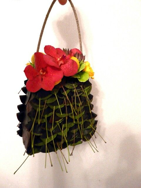сумочка и орхидея
