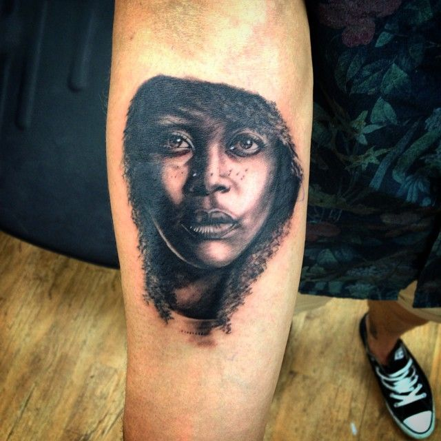 erykah badu tattoo photos