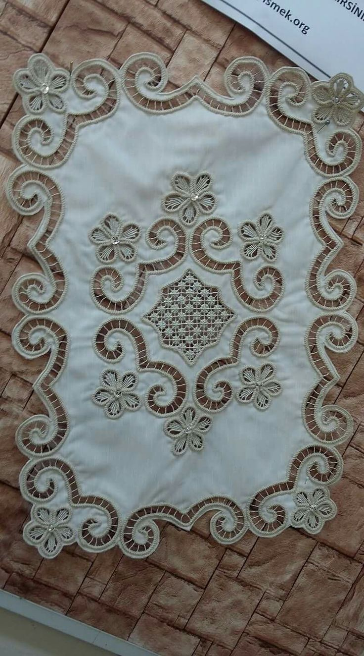 Outline embroidery designs for tablecloth - Ne E Nin G Zdeleri