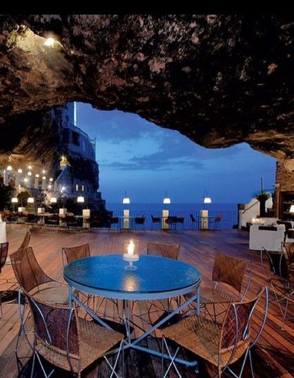 Cave Restaurant in Apulia, Italy. Anyone been here? It looks incredible!