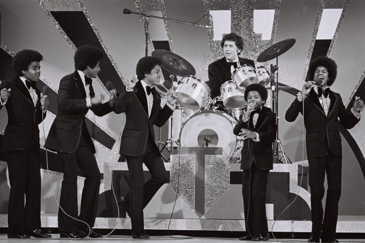 The Jackson 5 Performs | GRAMMY.comMusic Plays, Grammy Awards, Jackson Grammy, 1974, Jackson 5, Awards Marching, Michael Jackson, 16Th Grammy, Soul Music