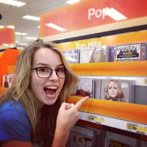 Bridgit Mendler her glasses are kinda like mine hehe