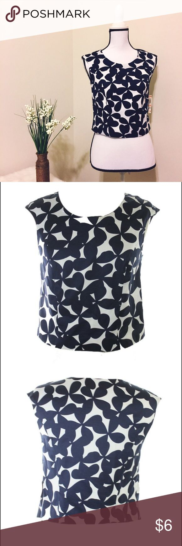 INC Butterfly Fields Crop Top Cute butterfly prints in navy blue and white crop top. New! INC International Concepts Tops Crop Tops