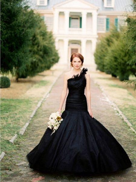 black one shoulder mermaid wedding dress