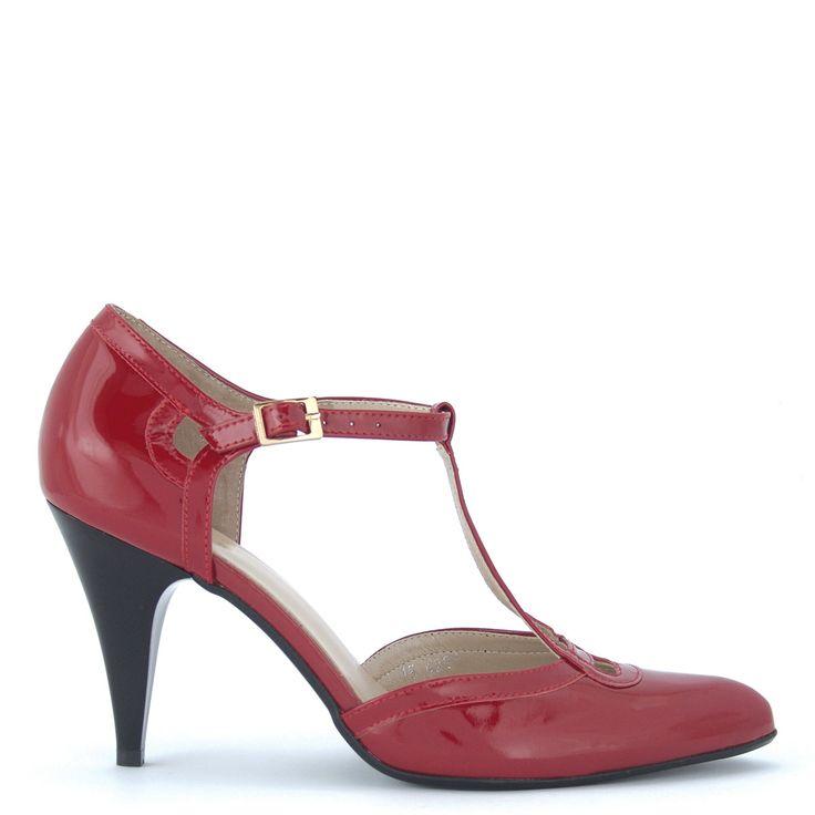 Anis alkalmi cipő | Magas sarkú piros alkalmi cipő, pántos http://chix.hu