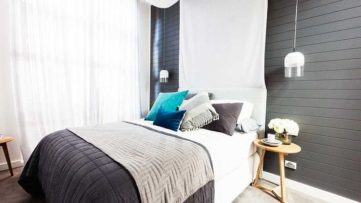 Darren and Dee won the second guest bedroom week with their beautiful canopy room.